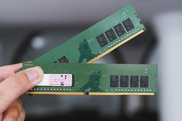 RAM Desktop DDR4 Samsung 4GB Bus 2133