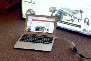 Sua-MacBook-Ari-gia-nghin-do-bang-cach-cho-may-vao-lo-nuong