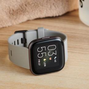Đồng hồ Fitbit Versa 2 - chiếc đồng hồ thông minh phải sở hữu đầu năm 2020 1