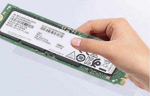 SSD Samsung PM981A 2TB M2 2280 PCIe NVMe Giá Tốt 4