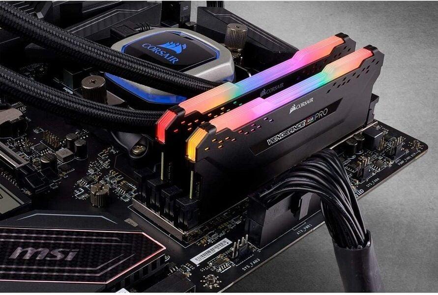 RAM Desktop DDR4 Corsair Vengeance RGB PRO 16GB (2x8GB) Bus 3000 CMW8GX4M1D3000C16 5