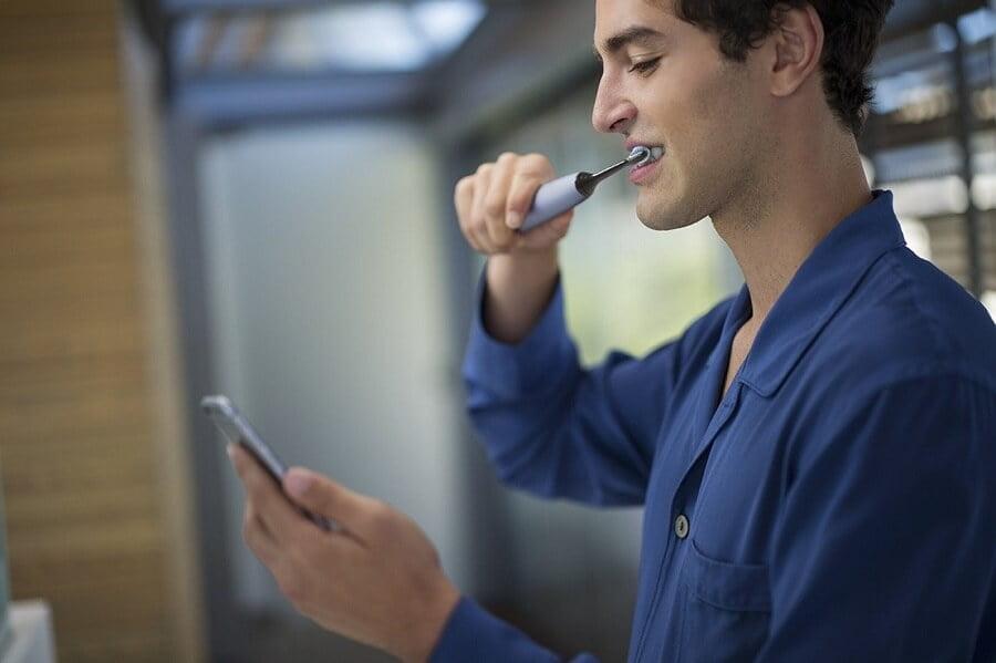 Bàn chải đánh răng điện Philips Sonicare DiamondClean Smart 9300 HX9903/01 3